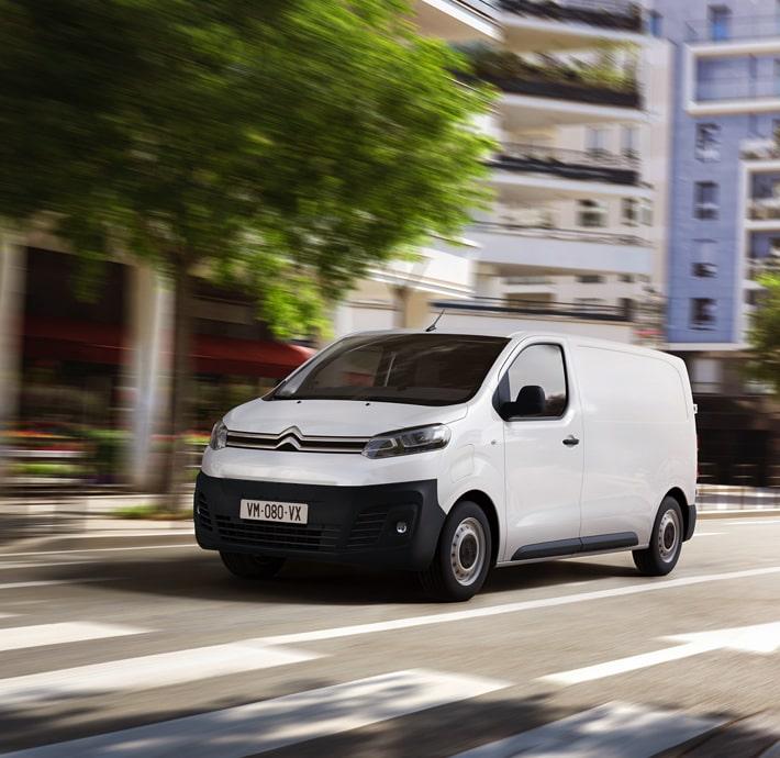 technologie connectée utilitaire électrique en Drôme et en Ardèche e