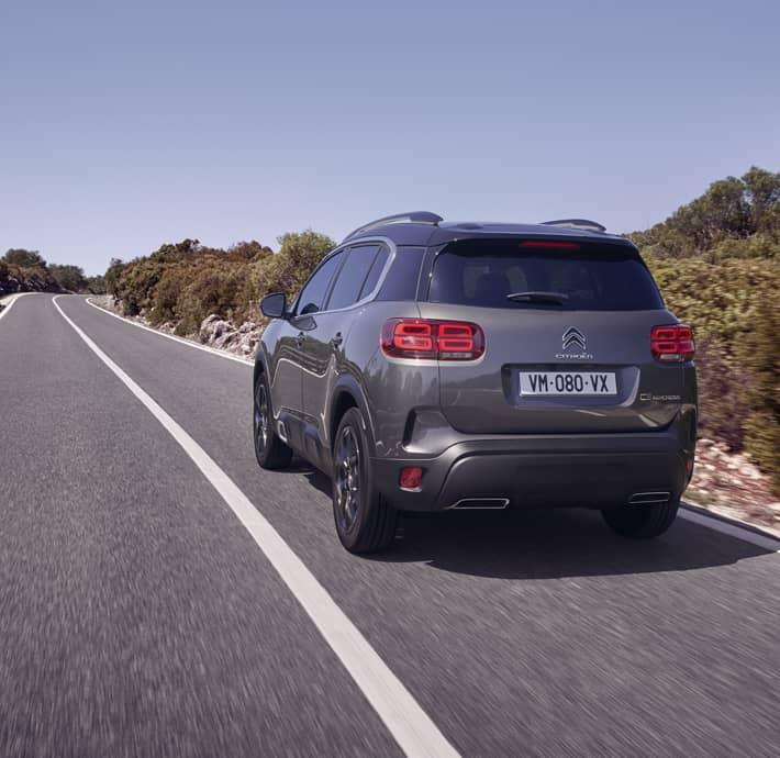 découvrez les suspensions à butées hydrauliques sur le SUV familial Citroën C5 AIRCROSS en Drôme et en Ardèche